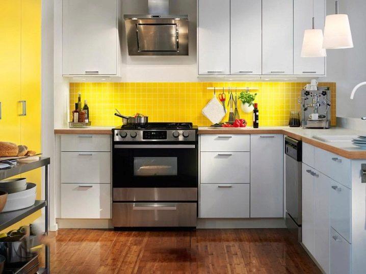 Warna Kuning Di Mana Akan Sentiasa Kelihatan Baik Bahagian Dalam Dapur Cerah Dan Kaya Sesuai Untuk A Moden Pedalaman