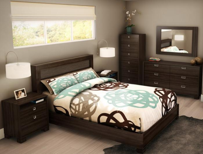Yatak odası vurgulamak olarak gölgelik ile yatak