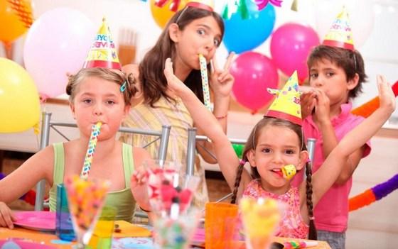 Yetişkinler için doğum günleri için yarışmalar. senaryolar